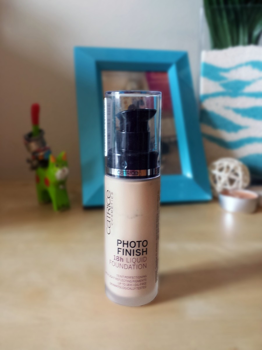 Catrice Photo Finish 18H Liquid Foundation: Swatch & Review