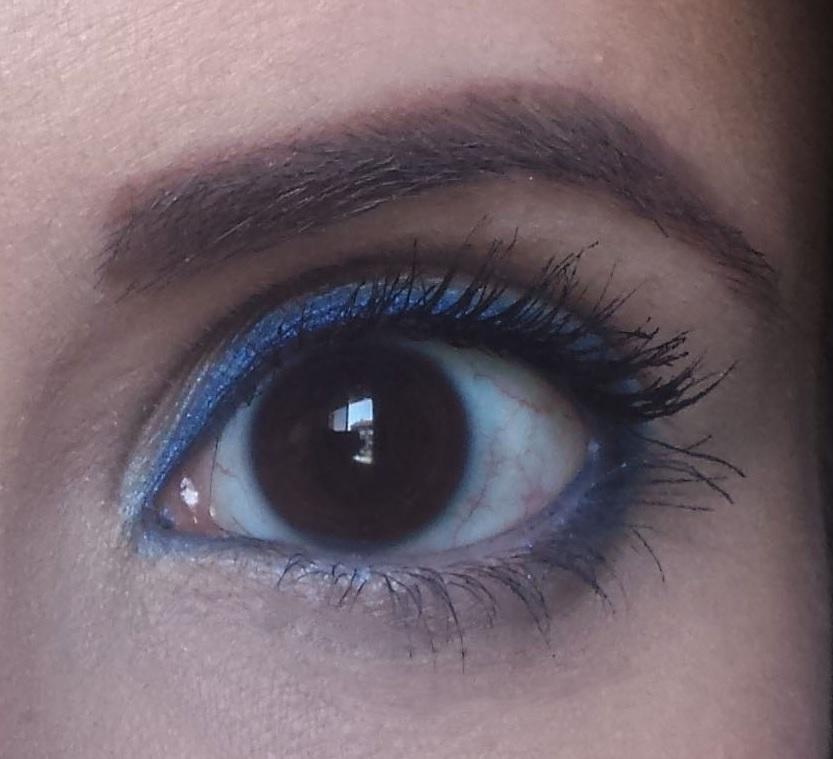 Simple Royal Blue Eye – Mia Bella Beautopia by Susana Francisco
